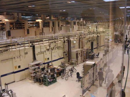 実験ホール